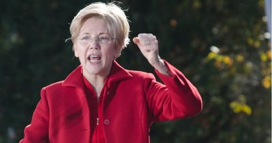 Elizabeth Warren. Photo Credit: Tim Pierce, Wikipedia Commons.