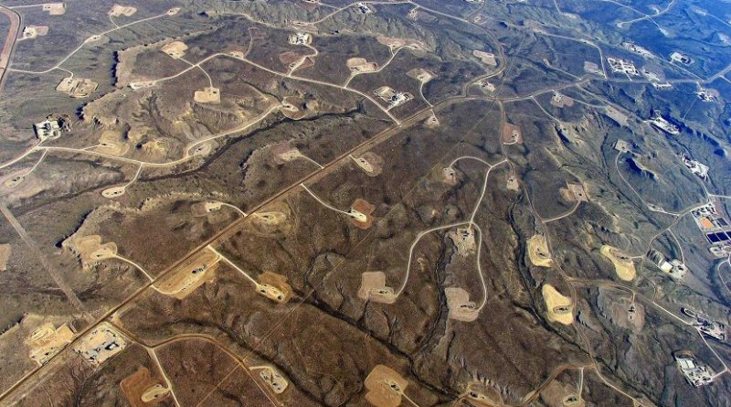 This is an aerial view of hydraulic fracturing operations across the Jonah field, a large natural gas field in Wyoming. Credit EcoFlight