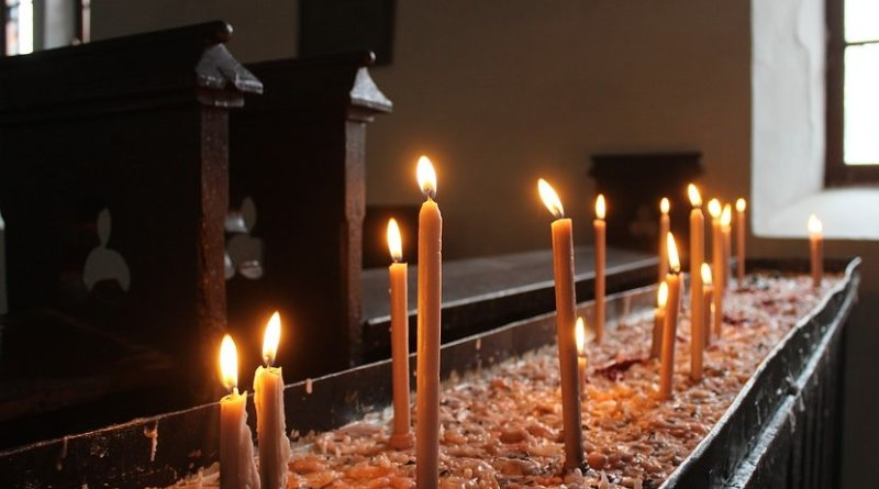 candles catholic christian church india