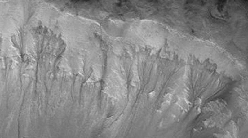 Recurrent Slope Linae on the Palikir Crater walls on Mars. Credit NASA/JPL/University of Arizona