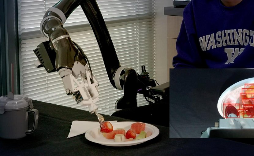 The object-detection algorithm, called RetinaNet, scans the plate, identifies the types of food on it and places a frame around each item. Credit Eric Johnson/University of Washington