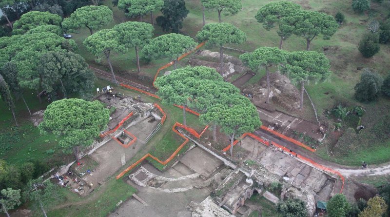 This is an aerial photo of the Portus Project excavations in 2009. Credit Portus Project