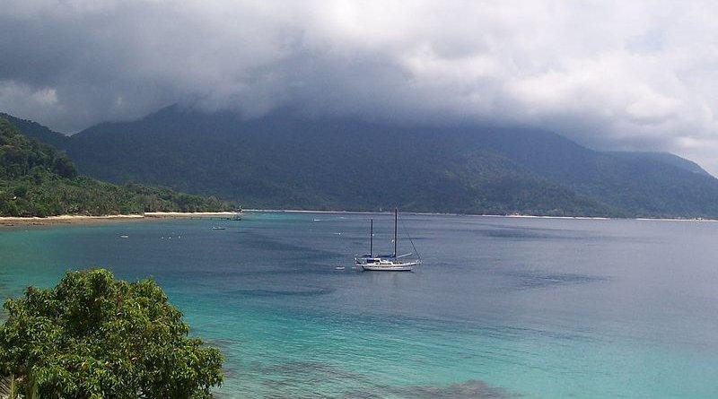 Tioman Island, Malaysia. Photo Credit: Ferrazo, Wikipedia Commons.
