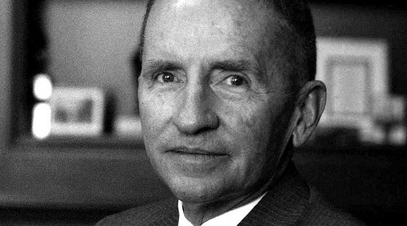 Portrait of Ross Perot. Photo Credit: Allan Warren, Wikipedia Commons.