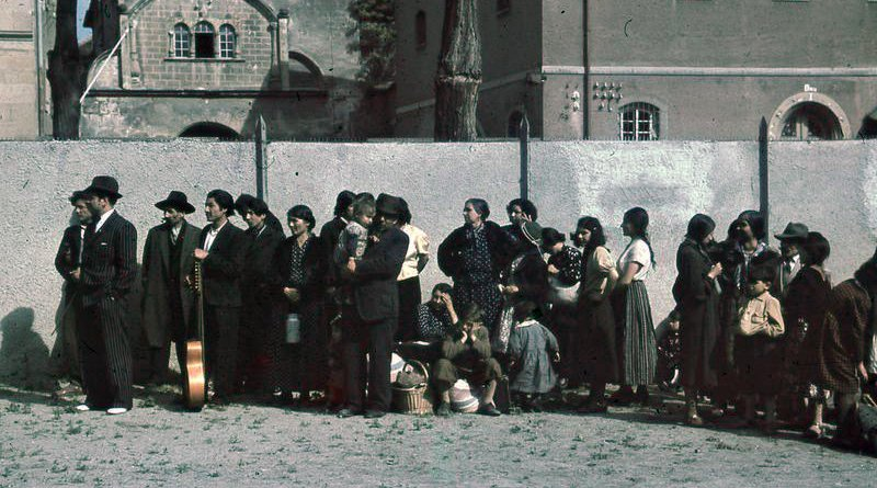 Romani civilians in Asperg, Germany are rounded up for deportation by German authorities on 22 May 1940. Photo Credit: Bundesarchiv, R 165 Bild-244-48 / CC-BY-SA 3.0