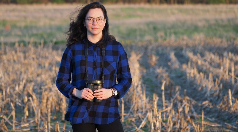 This is USask researcher Margaret Eng in the field Credit Amy Wilson