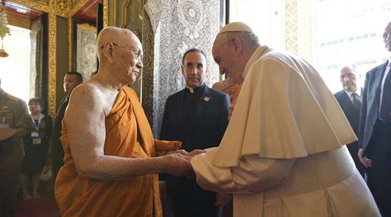 Pope Francis greets His Holiness Somdej Phra Maga Muneewong at the Wat Ratchabophit Sathit Maha Simaram Temple in Bangkok Nov. 21. Credit: Vatican Media