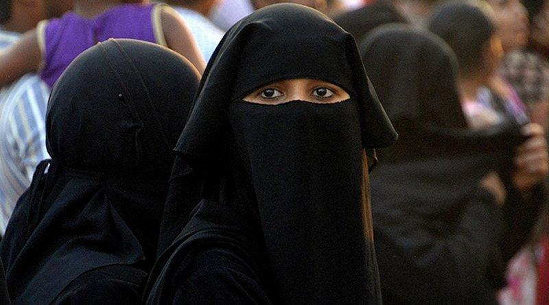 india women muslim islam burqa