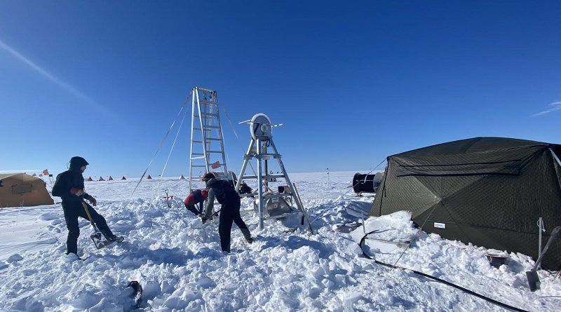 Researchers digging out the drill site after a three-day storm with winds reaching 50 knots. Drifts of snow accumulated up to five feet. CREDIT David Holland, NYU and NYU Abu Dhabi