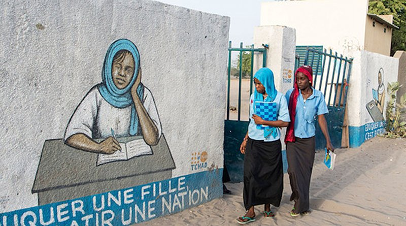 Young women return home after classes in the town of Bol in Chad. Credit: UN Photo/Eskinder Debebe.