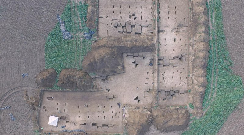 Aerial photo of the excavation area of an Early Neolithic settlement near Vráble in Slovakia. CREDIT © Nils Müller-Scheeßel
