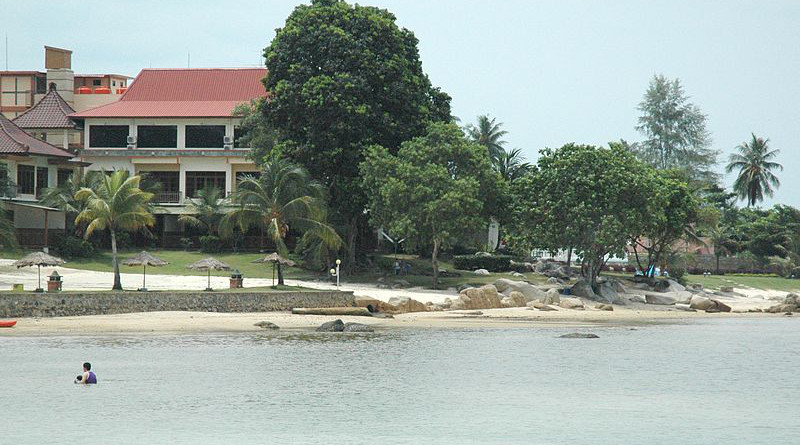 Bintan Agro Beach Resort. Photo Credit: Jpatokal, Wikipedia Commons