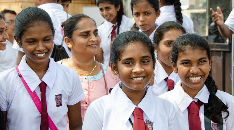 School Girls Girls Sri Lanka Sri Lankan Children