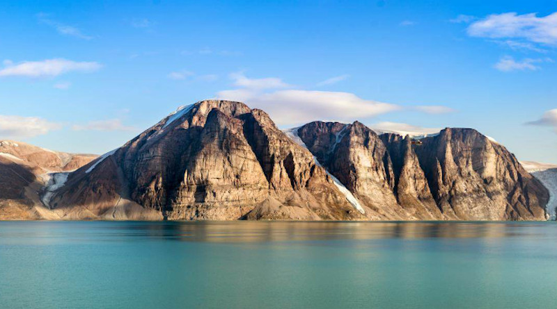 University of British Columbia geologists studying rock samples from Baffin Island find lost fragment of continent. Photo: istock.