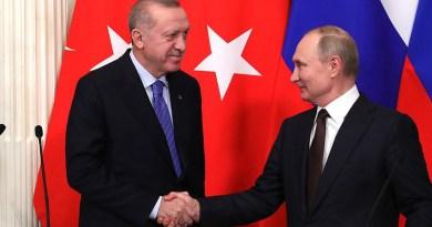 Russia's Vladimir Putin and Turkey's Recep Tayyip Erdogan giving statements to the press after Russian-Turkish talks. Photo Credit: Kremlin.ru