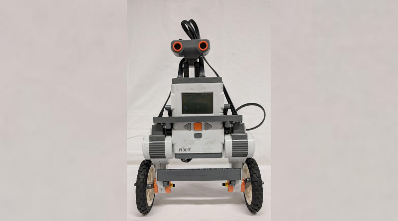The self-balancing robot used to demonstrate how 'Perceptual Control Theory' can help robots to walk in a more human-like way CREDIT University of Manchester