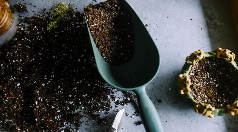 Gardening Pots Soil Scoop Trowel Dig Grow