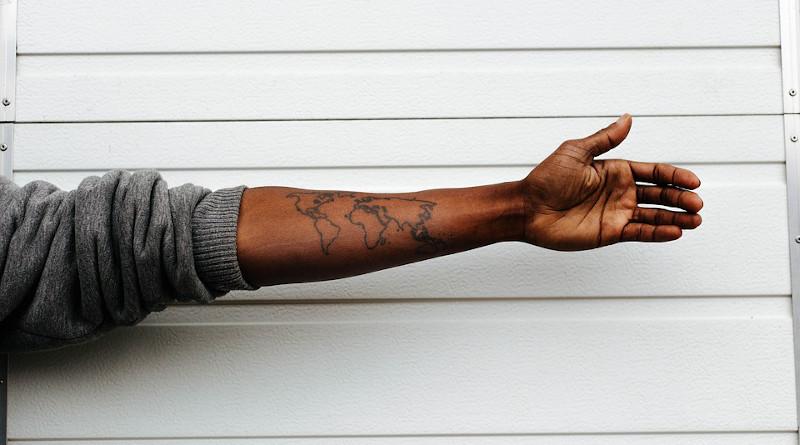 Black American African Map Tattoo Hand Art Sweatshirt Wall White Design