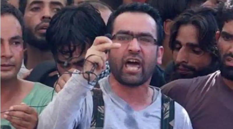 Riyaz Naikoo, the self-styled 'operation commander' of Hizbul Mujahideen (HM). Photo Credit: Screenshot