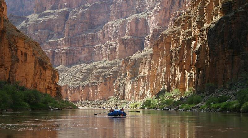 Boating Colorado River Grand Canyon Recreation