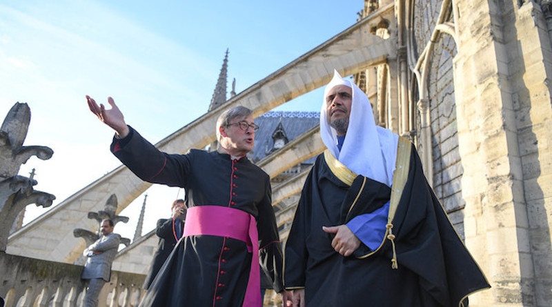 Sheikh Mohammed bin Abdul Karim Al-Issa, secretary-general of the Muslim World League (MWL d)uring his visit to the Church of Notre Dame in Paris. Photo supplied via Arab News