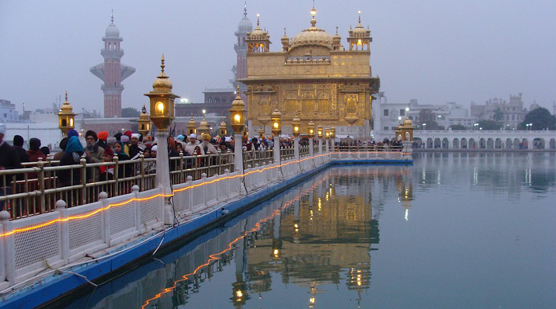 India Golden Temple Shrine Temple Sikhism Sikhs Religion