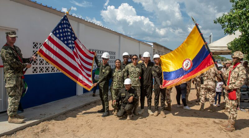Colombian and US military personnel, in a joint program in Riohacha, Colombia. Credit: US Navy, open license