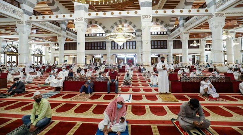 Worshippers perform Friday prayers in mosques in Makkah for the first time on June 26, 2020 after a coronavirus curfew was lifted earlier this week. (SPA)