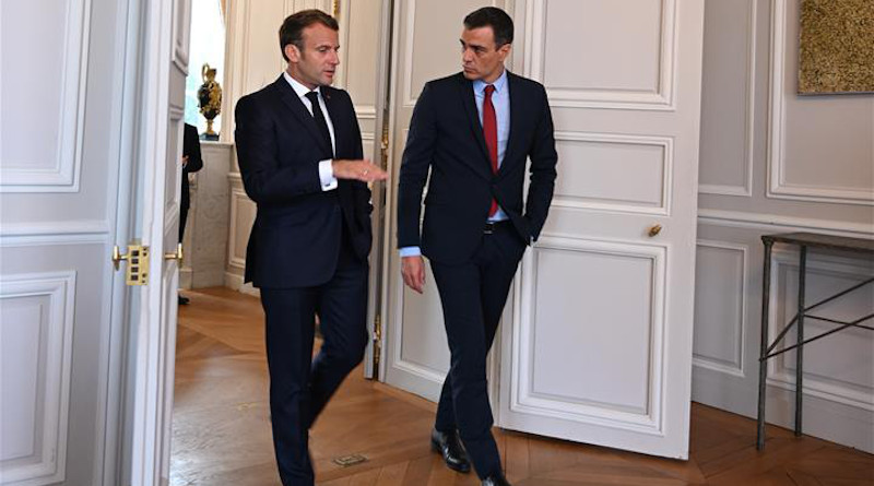 French President Emmanuel Macron (left) with Spain's Prime Minister Pedro Sánchez. Photo Credit: Pool Moncloa/Borja Puig de la Bellacasa