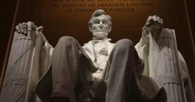 Memorial Lincoln President Monument Landmark