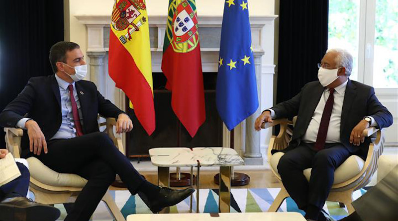 Spain's Prime Minister Pedro Sánchez with the Prime Minister of Portugal, António Costa. Photo Credit: Pool Moncloa/Fernando Calvo