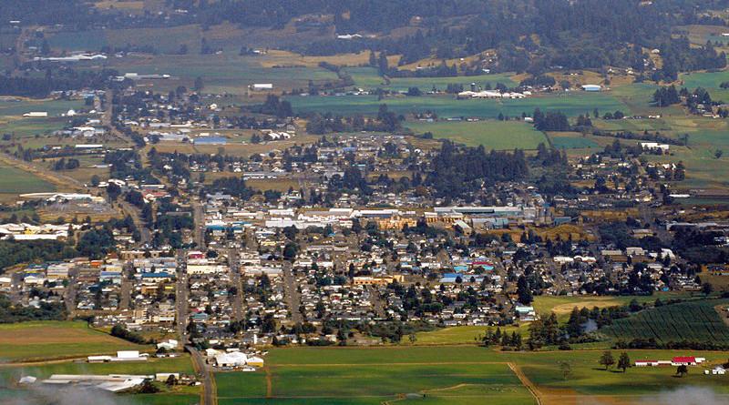 Aerial view of Tillamook, Oregon. Photo Credit: Amos Meron, Wikipedia Commons