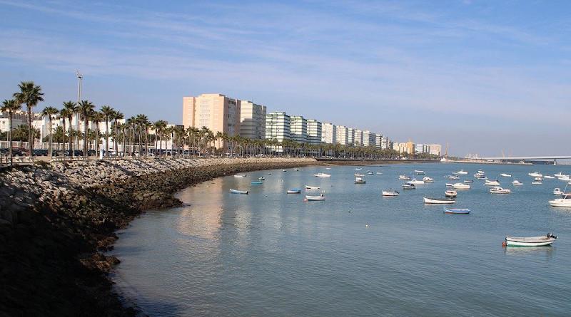 Fishing Boats Cadiz Township Of Struts Struts Bay City Promenade