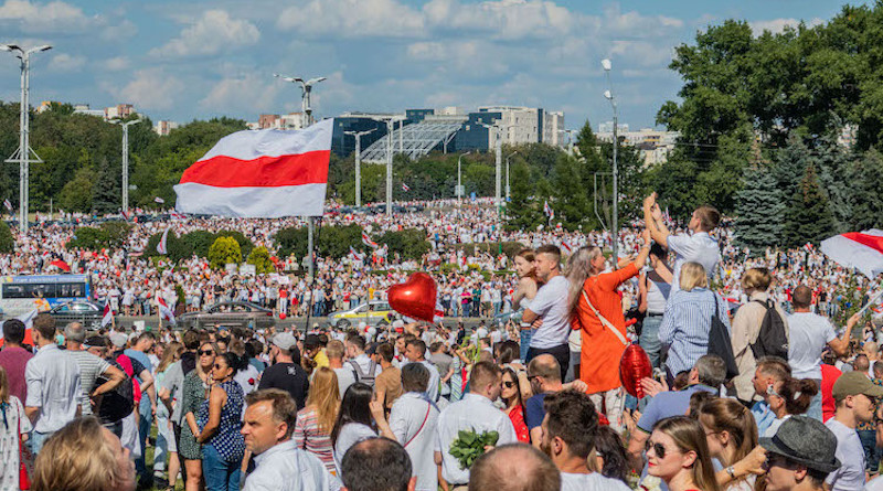 Protest rally against President Lukashenko, 16 August. Minsk, Belarus. CC BY-SA 3.0