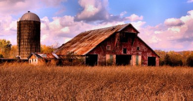 Tennessee Barn Landscape Farm Rural Countryside Clouds