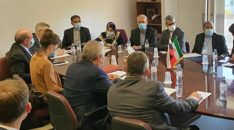Iranian delegation In Astana Process meets Russian, Turkish counterparts. Photo Credit: Tasnim News Agency