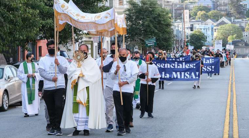 A Eucharistic procession held in San Francisco urging permission for greater attendance at Mass, Sept. 20, 2020. Credit: Archdiocese of San Francisco.