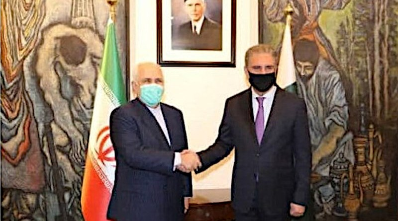 Iranian Foreign Minister Mohammad Javad Zarif and his Pakistani counterpart Shah Mahmood Qureshi. Photo Credit: Tasnim News Agency