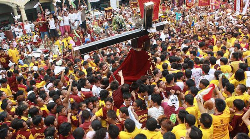Procession of the Black Nazarene in Manila, January 7, 2010. Credit: Denvie Balidoy/Flickr (CC BY 2.0)