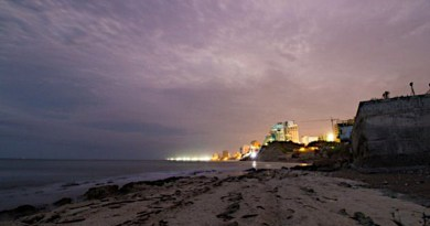 Panorama of the port city of Manta, in Ecuador, close to where the El Aromo project is planned to be built. Photo: Diego Lizcano / Flick-CC BY-NC-ND 2.0.