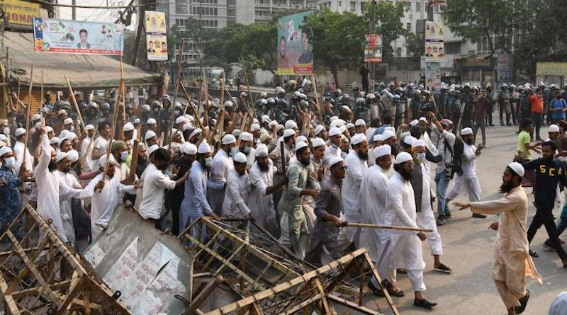 Supporters of Hefajat-e-Islam protest in Dhaka as part of a nationwide strike on March 28. (Photo: Piyas Biswas)