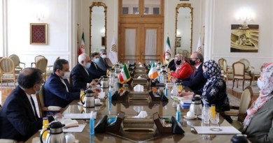 Iranian Foreign Minister Mohammad Javad Zarif and his Irish counterpart Simon Coveney. Photo Credit: Tasnim News Agency
