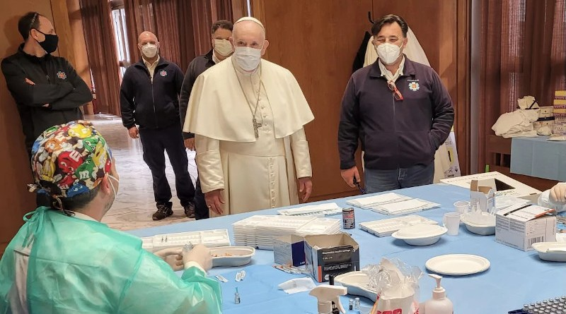Pope Francis greets medical workers administering the vaccine against COVID-19 April 2, 2021. Credit: Holy See Press Office.