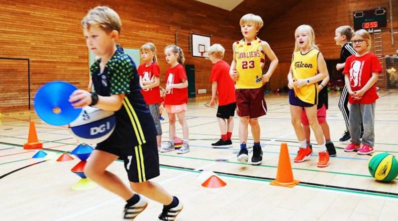 Children running a relay race as part of the Basketball Mathematics CREDIT Photographer: Allan Jørgensen, University of Copenhagen
