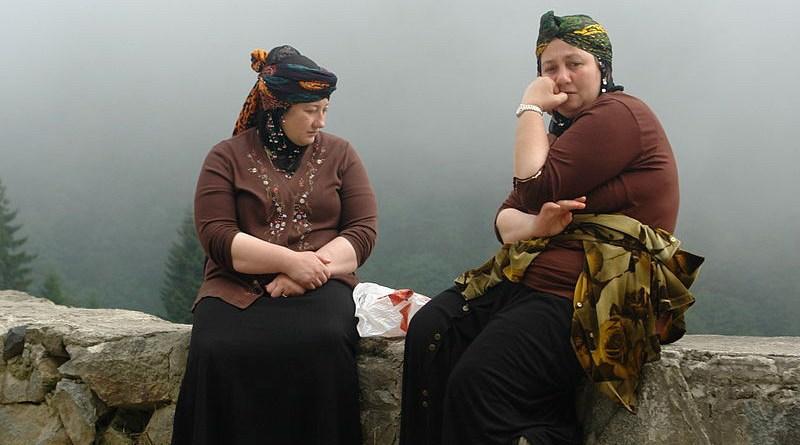 Hemshin women, Rize, Turkey. Photo Credit: https://www.flickr.com/photos/charlesfred/, Wikimedia Commons