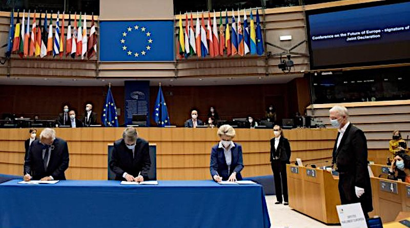Signature of the Joint Declaration on the Conference on the Future of Europe (António Costa, David Sassoli, and Ursula von der Leyen). Photo: Etienne Ansotte / ©European Union, 2021. EC - Audiovisual Service