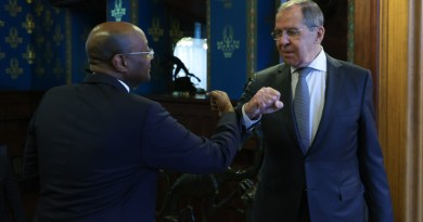 Russian Foreign Minister Sergey Lavrov with Gabonese Foreign Minister Pacome Moubelet-Boubeya. Photo Credit: MFA.ru
