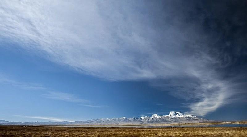 Tibet Mountains Snow Grassland Clouds Sky China Plateau