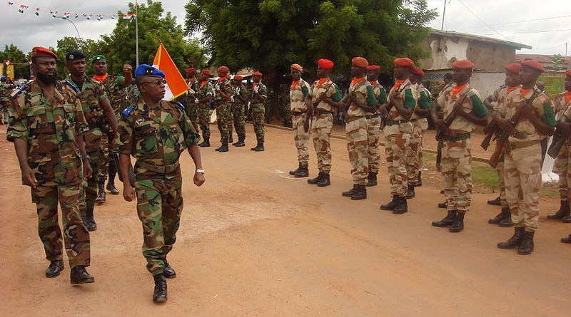 Côte d'Ivoire (Ivory Coast) military review. Photo Credit: Zenman, Wikipedia Commons
