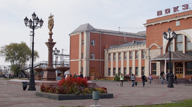 The railway station of Birobidzhan, a town and the administrative centre of the Jewish Autonomous Oblast, Russia, located on the Trans-Siberian Railway, near the China-Russia border. Created: 6 October 2007. CC BY-SA 3.0.
